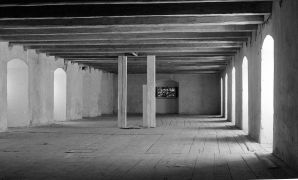 Emöke Vargová: Ligth installation  — granary (1994). Fotograf: Daniel Šperl