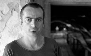 Patrick Matthews: Portrét (1995). Fotograf: Daniel Šperl