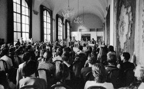 Irena a Vojtěch Havlovi: The Ball room Prague Castle (1993)