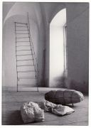 Kaisu Koivisto: bez názvu — Installation (1995). Fotograf: Radek Kodera